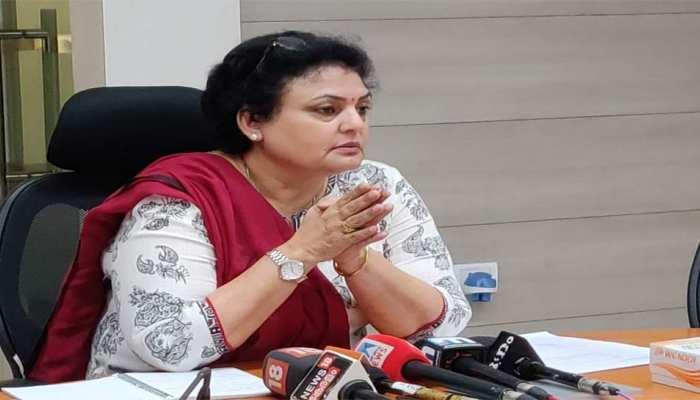 NCW चीफ ने कहा- महिला आरक्षण से कुछ नेताओं की पत्नियों और बेटियों को मिलेगी मदद