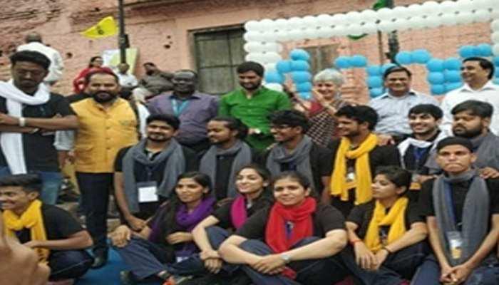 MP: भोपाल में कुपोषण के खिलाफ जागरुकता फैलाने के लिए 24 घंटों में 75 नुक्कड़ नाटक