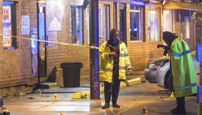 अमेरिका: बार के बाहर दो बंदूकधारियों ने की गोलीबारी, 3 की मौत, 7 जख्मी