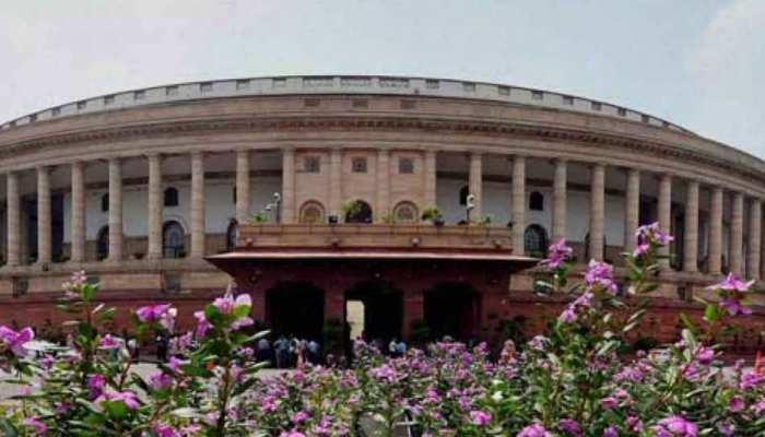 संसद में पेश किया जाएगा SC/ST अत्याचार निवारण बिल, कैबिनेट ने दी मंजूरी