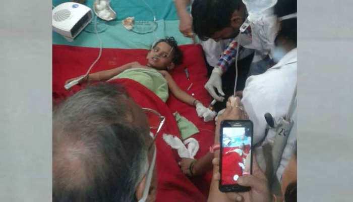 मुंगेर: 110 फुट गहरे बोरवेल में गिरी बच्ची को सुरक्षित निकाला, 31 घंटे चला रेस्क्यू ऑपरेशन