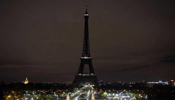 पेरिस में पर्यटक नहीं घूम पा रहे हैं एफिल टावर, जानिए क्या है वजह