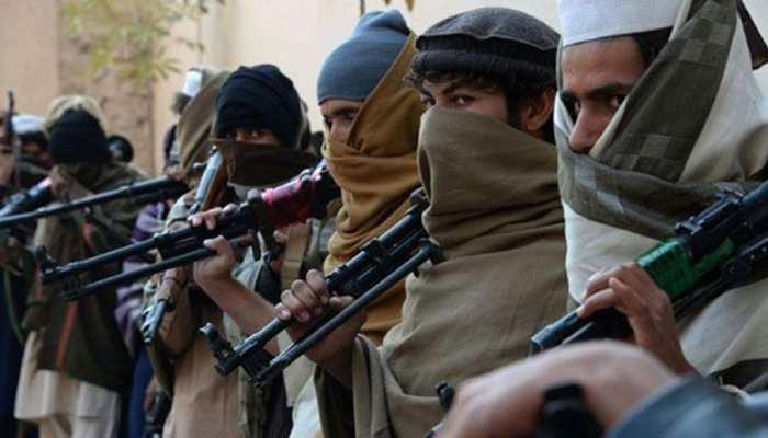 पाकिस्तान में इमरान खान की ताजपोशी की तैयारियों के बीच भारत-पाक सीमा पर देखे गए 600 आतंकी
