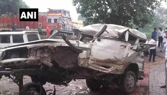 जौनपुर: NH-31 पर दर्दनाक हादसा, 5 श्रद्धालुओं की मौत, 8 गंभीर घायल
