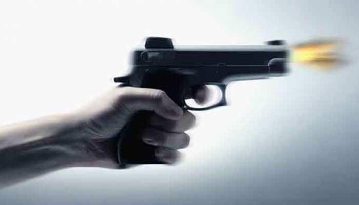 खगड़िया : दहेज के कारण पति ने पत्नी समेत दो बेटियाेें को मारी गोली, तीनों की मौत