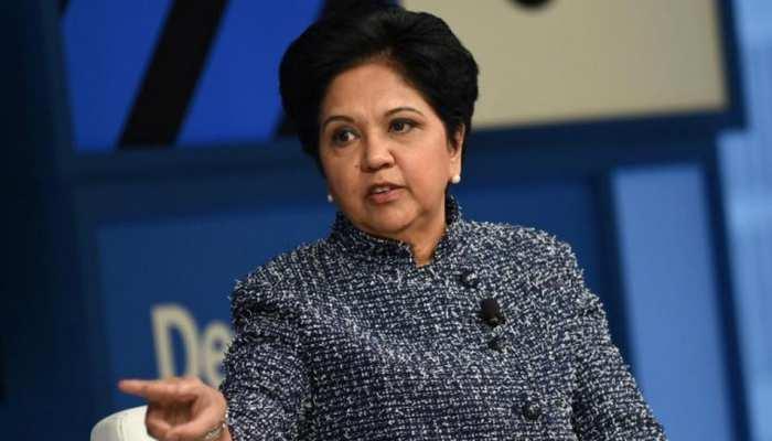 कभी कब्रिस्तान में नौकरी करती थीं इंदिरा नूई, आज रोजाना कमाती हैं 55 लाख रुपए