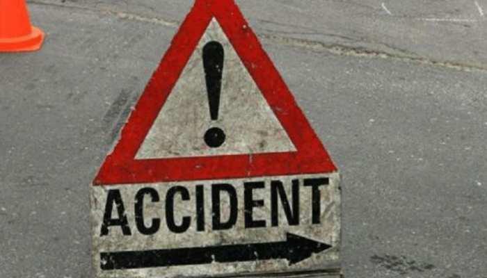 जयपुर: खड़े ट्रेक्टर ट्रोली से भिड़ी कार, हादसे में चार युवकों की मौत