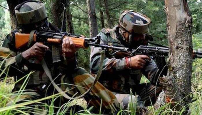 कश्मीर : बारामूला मुठभेड़ में 4 आतंकी ढेर, 1 सैनिक घायल, सर्च ऑपरेशन जारी
