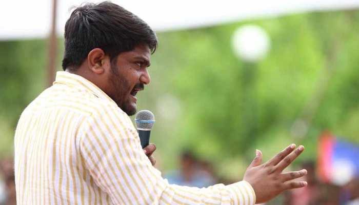 हार्दिक पटेल को राहत, गुजरात हाईकोर्ट ने 2015 के दंगों के लिए सजा पर लगाई रोक