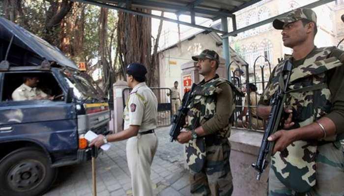 Top news of hindi and english newspaper ATS raid discloses conspiracy of blasts in Five cities of Maharashtra