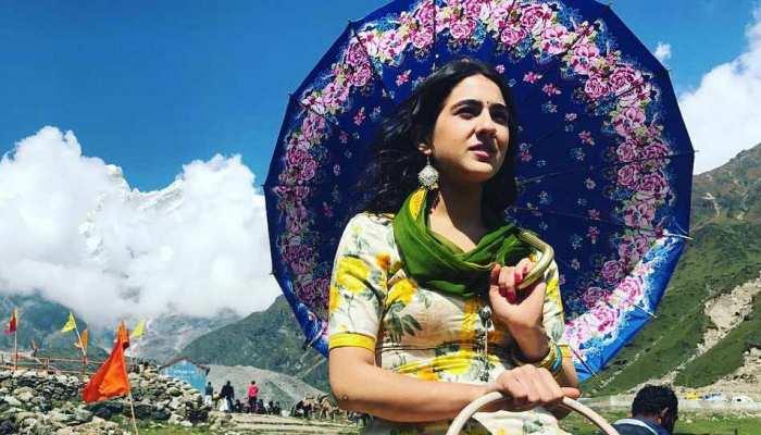 'केदारनाथ' की स्टार कास्ट के साथ सारा अली खान ने कुछ यूं मनाया जन्मदिन, वीडियो हुआ वायरल