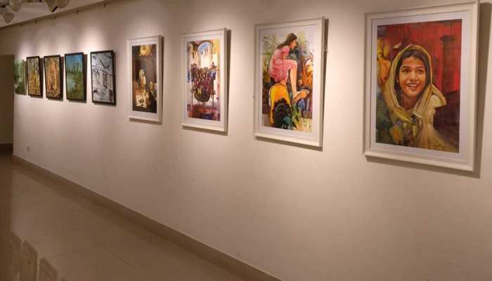Pictures of art gallery of 48 artists in delhi