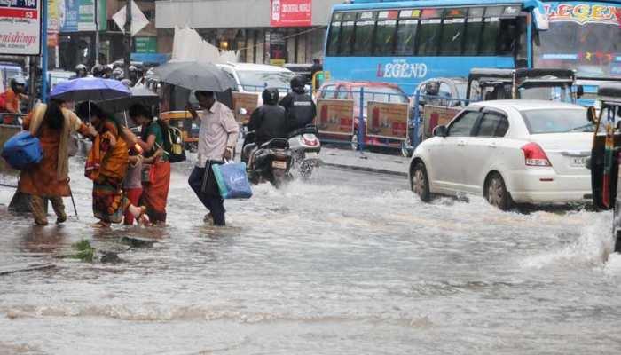 केरल में बाढ़ से हालात गंभीर, प्रधानमंत्री ने दिया हर संभव मदद का आश्वासन
