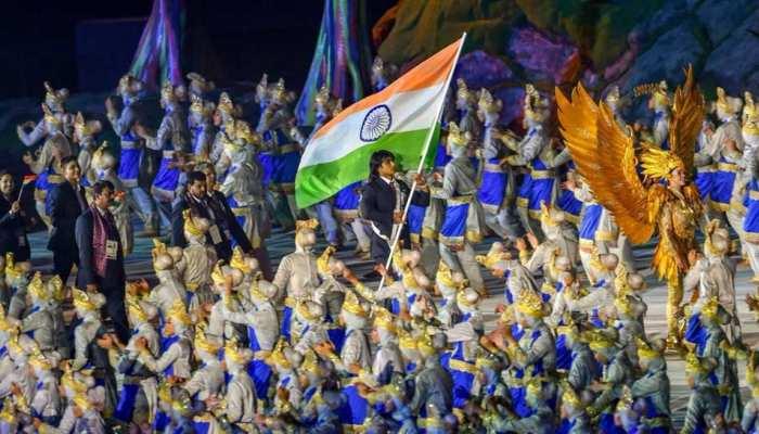 Asian Games 2018: एशियाई खेलों का भव्य आगाज, नीरज चोपड़ा ने की भारतीय टीम की अगुवाई