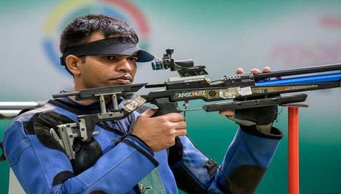 एशियाई खेल 2018 : दूसरे दिन की शानदार शुरुआत, शूटर दीपक कुमार ने जीता सिल्वर मेडल