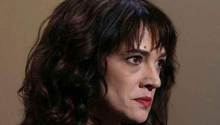 एशिया अर्जेंटो ने नाबालिग के साथ यौन संबंध बनाने के आरोपों को किया खारिज