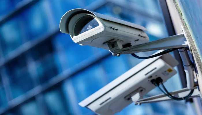 हजारीबाग में अब धार्मिक स्थलों पर भी लगेंगे CCTV कैमरे, प्रशासन का कमेटियों को आदेश