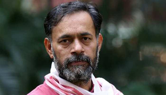 AAP का नाम विवाद: योगेंद्र यादव को क्यों कहना पड़ा 'मेरा नाम सलीम' भी है?