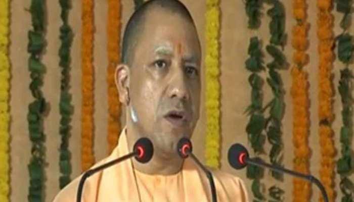 CM योगी बोले, निराश्रित महिलाओं को समाज की मुख्यधारा से जोड़ना है