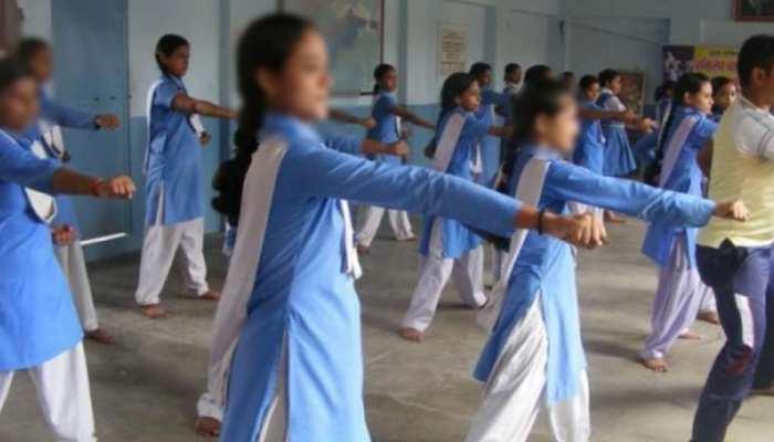 हनुमानगढ़: लड़कियों की सुरक्षा के लिए पुलिस ने उठाया कदम, दे रही सेल्फ डिफेंस की ट्रेनिंग