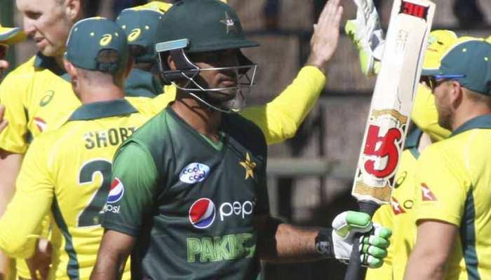 एशिया कप: 200 वनडे खेल चुके मोहम्मद हफीज पाकिस्तान की टीम से बाहर, इंजमाम के भतीजे को मौका