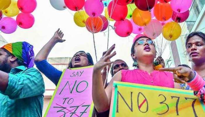 धारा 377 पर सुप्रीम कोर्ट का ऐतिहासिक फैसला, समलैंगिकता अब अपराध नहीं
