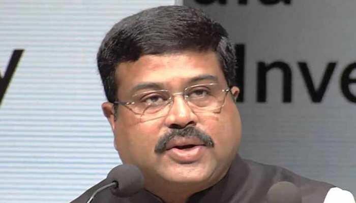 केंद्र सरकार बीएस-छह उत्सर्जन मानकों वाले ईंधन की उपलब्धता को लेकर प्रतिबद्ध
