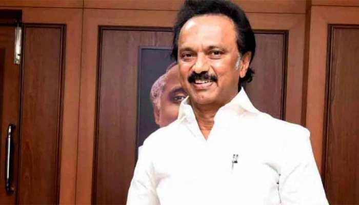 DMK ने साधा निशाना, 'बीजेपी का विरोध करने वालों को राष्ट्र विरोधी करार दिया जा रहा है'