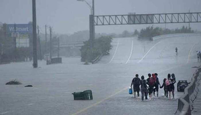 अमेरिका में तूफान फ्लोरेंस का अलर्ट, 10 लाख लोग छोड़ेंगे अपना घर