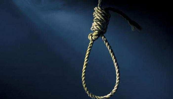 प्रेमिका के साथ बलात्कार से क्षुब्ध युवक ने फांसी लगाकर की आत्महत्या