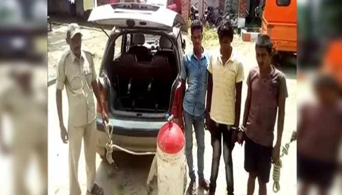 बिहारः शराब तस्करों की नई तरकीब, CNG टैंक में छिपा रखा था शराब
