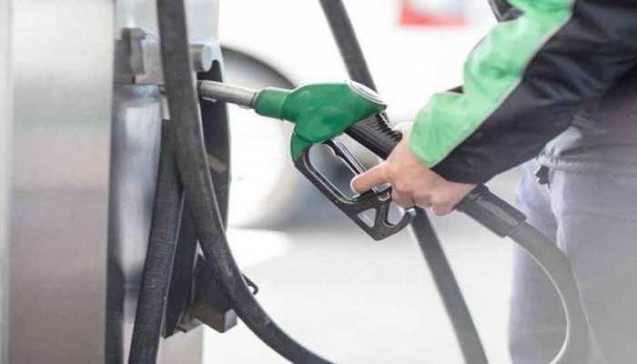 पेट्रोल और डीजल के दामों ने फिर तोड़ा रिकॉर्ड, मुंबई में 89.29 रुपये प्रति लीटर पहुंचा पेट्रोल