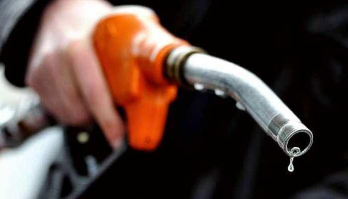 सोमवार को पेट्रोल 15 पैसे और डीजल 6 पैसे हुआ महंगा, ये हैं आज के दाम