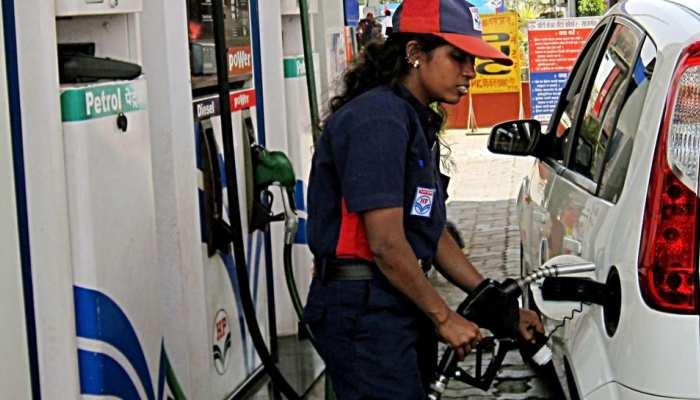 100 रुपए के पेट्रोल पर रोज मिलेगा 40 रु. का CashBack, बस करना होगा ये काम