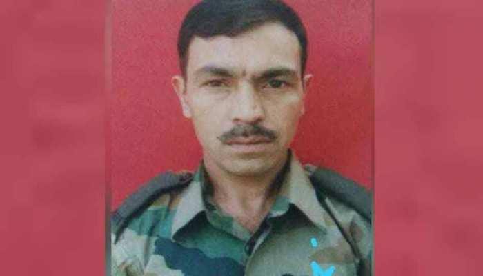 जम्मू कश्मीरः बेटे के मौत पर घर आए सेना के जवान को आतंकियों ने मारी गोली