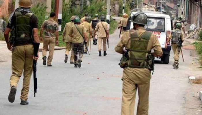 शोपियां में 3 पुलिसवालों की हत्या के बाद 47 SPO ने किया इस्तीफे का ऐलान, गृह मंत्रालय का इनकार