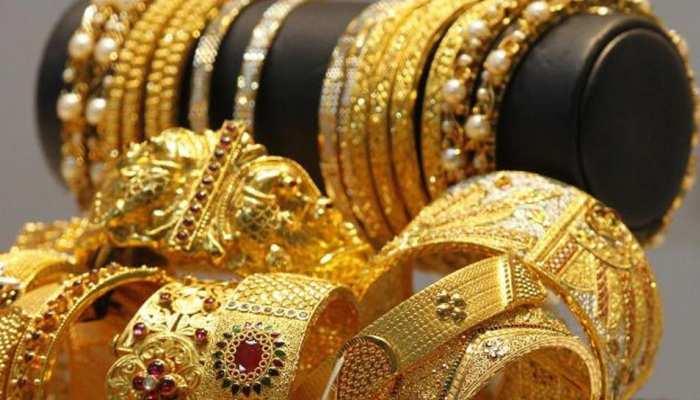 चांदी की कीमतों में बड़ी गिरावट, सोना हुआ महंगा, जानिए क्या है आज का भाव