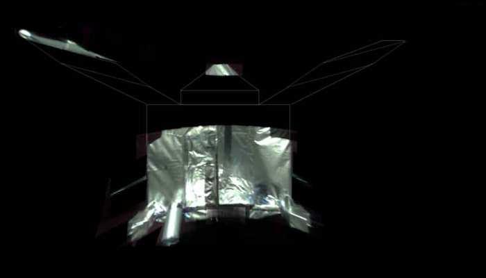 4 साल से मंगल ग्रह का चक्कर काट रहा है NASA का ये विमान, भेजी पहली सेल्फी