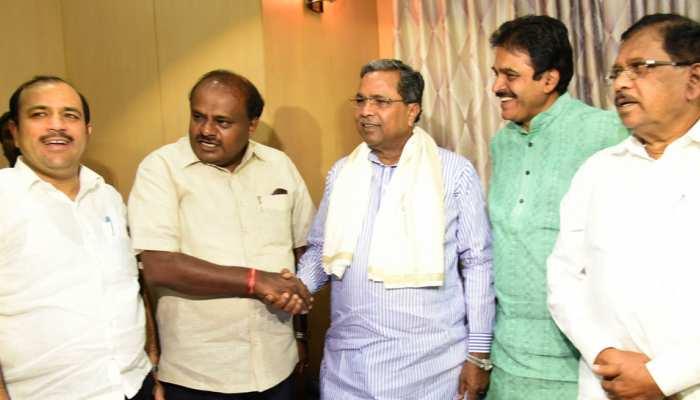 बीजेपी ने पहले कहा चुनाव लड़ेंगे, मौका आया तो छोड़ दिया मैदान, कांग्रेस-जेडीएस की जीत तय