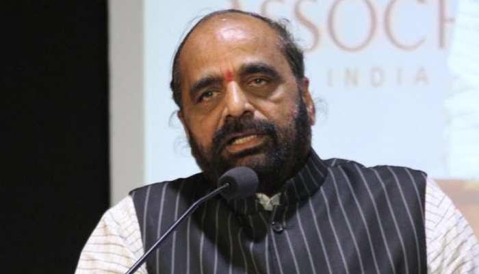 भीमा-कोरेगांव मामला: केंद्रीय मंत्री हंसराज अहीर ने कहा, 'सही काम कर रही है महाराष्ट्र पुलिस'