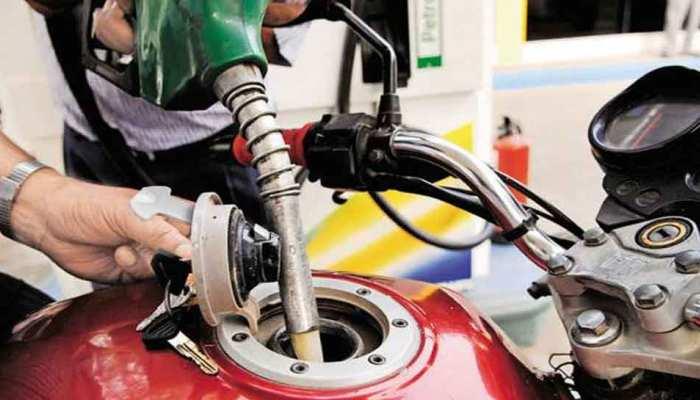 तेल के दामों में फिर हुई बढ़ोत्तरी, मुंबई में 91 रुपए के करीब पहुंचा पेट्रोल
