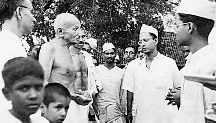 #Gandhi150: बीसवीं सदी के दो ही अविष्कार हैं महात्मा गाँधी और परमाणु बम