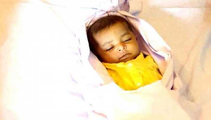 पुलिसवाले ने बच्ची के साथ किया ऐसा काम कि दुनिया कर रही है सलाम
