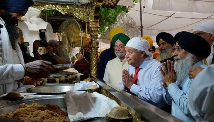 संयुक्त राष्ट्र महासचिव एंतोनियो गुतारेस स्वर्ण मंदिर के दर्शन करने पहुंचे