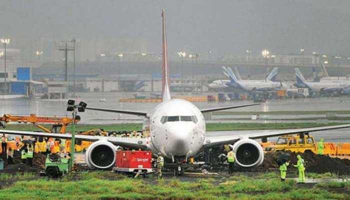मुंबई-दिल्ली एयरपोर्ट से 5 महीने Cancel रह सकती हैं 2000 फ्लाइटें, यह है वजह