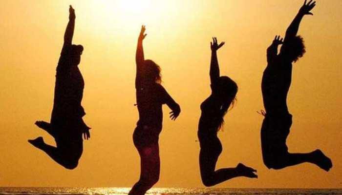 Aaj Ka Rashifal in Hindi Daily Horoscope 06 october 2018: lucky day for libra zodiac people