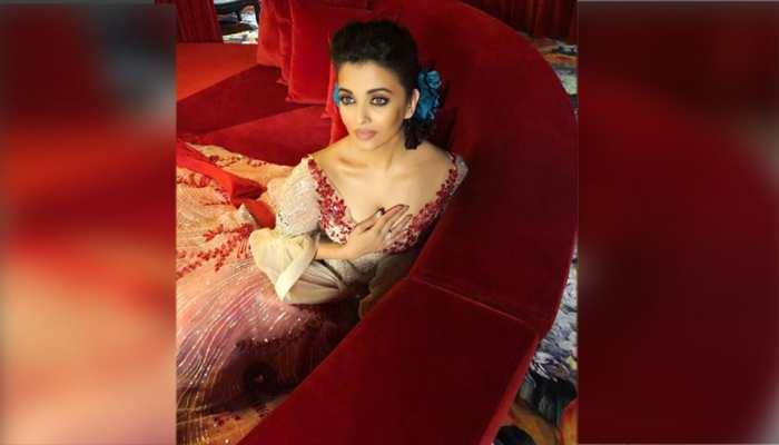 VIDEO: ऐश्वर्या रॉय बच्चन ने किसे दिखकर रैंप से दिया फ्लाइंग KISS!