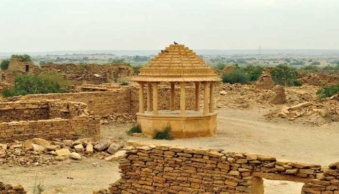 राजस्थान के इस गांव में मिलता है चमत्कारी पत्थर, दूध को बना देता है दही