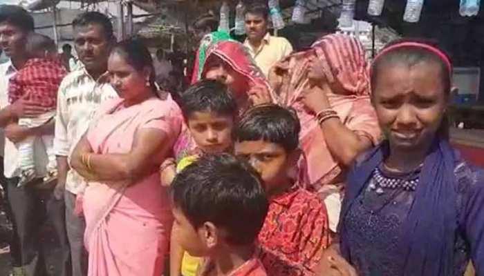 यूपी, एमपी और बिहार के 20 हजार लोगों ने छोड़ा गुजरात, सीएम ने की लौटने की अपील