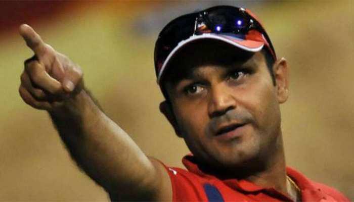 वीरेंद्र सहवाग ने इस खिलाड़ी को बताया पाकिस्तान का 'सचिन तेंदुलकर'